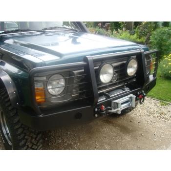 Nissan Patrol Y60 esistange