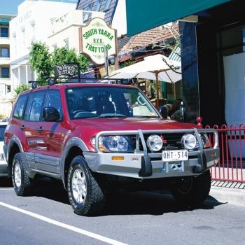Deluxe rauast stange Pajero 2000-2003